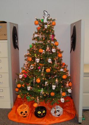 Árbol de Navidad de Halloween. ¿O directamente árbol de Halloween?